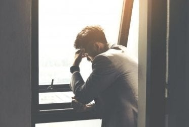 Emotionaler Schmerz kann zu großem Leiden führen.