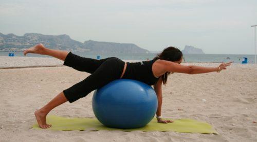 Gleichgewichtsübung für den Hintern