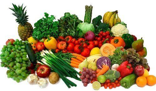 Zutaten für gesunde Gemüsesuppen