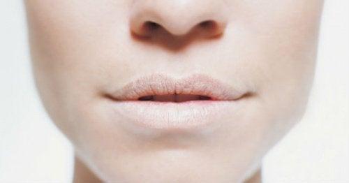 Vier verschiedene Methoden mit denen man Mundtrockenheit verhindern kann