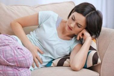 Symptome für einen Parasiten - Verdauungsprobleme