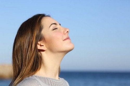 Halte dich jung durch die richtige Atmung