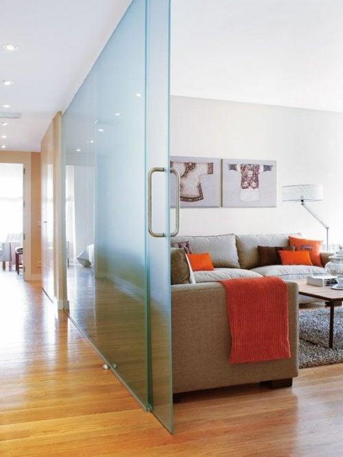 Raumteiler aus Glas