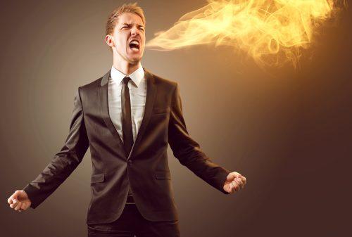 Manager spuckt Feuer und will sich beschweren