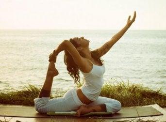 Diese Übungen helfen, den Psoas major zu trainieren.