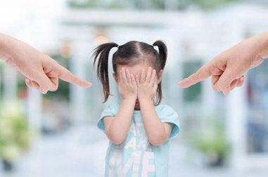 Erziehe gesunde Kinder Kind