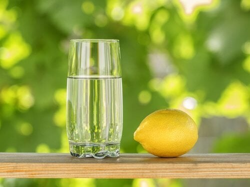 Zitrone gegen Zahnfleischentzündung
