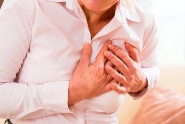 Wie kommt es zu einem Herzinfarkt bei Frauen und Männern