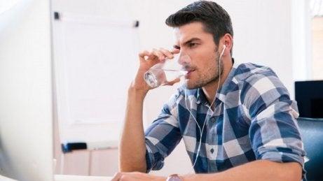 Anzeichen für Diabetes: Durst