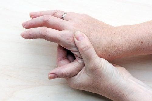 Erste Anzeichen für Krebs: Neoplasmen auf der Haut