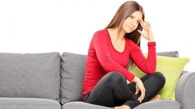 Unregelmäßige Menstruation als Anzeichen für Hypothyreose