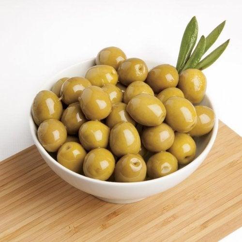 Oliven und andere ketogene Nahrungsmittel