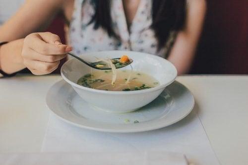 Suppen für Durchfallkranke: 3 Rezepte