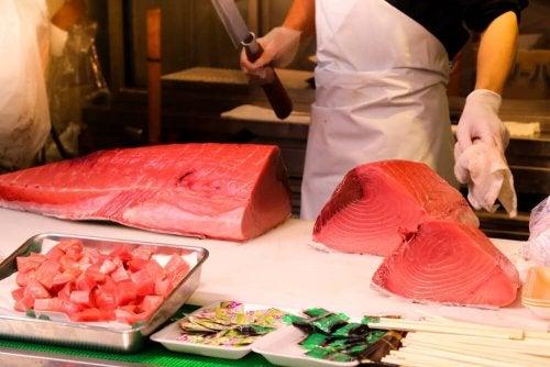 Fischarten, die du lieber nicht essen solltest: Roter Thunfisch