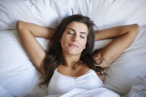 Salzkristalllampe gegen Schlaflosigkeit