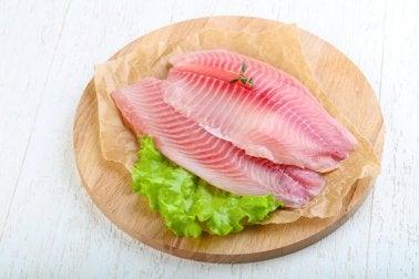 Fischarten, die du lieber nicht essen solltest: Tilapia