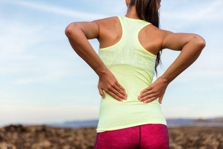 Muskelschwäche und lumbale Rückenschmerzen
