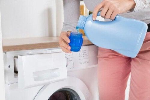 Waschmittel können vaginale Trockenheit hervorrufen.