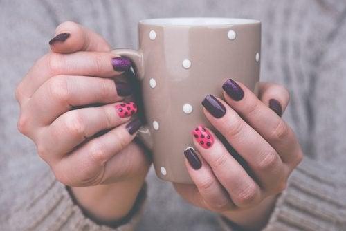 Kreative Ideen für deine Nägel für zu Hause
