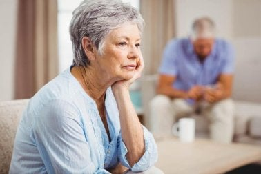 ältere Menschen - Liebesbeweis