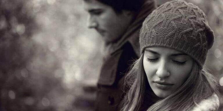 Wie du nach dem Beziehungsende alleine zurechtkommst