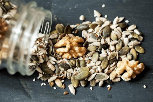 Gesunde Körner und Samen gehören in deine Ernährung!