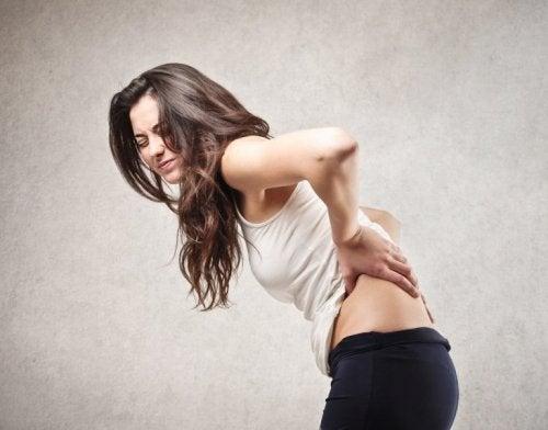 5 Gesundheitsprobleme, die Rückenschmerzen verursachen