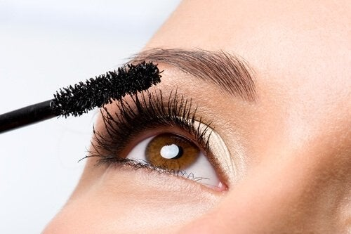 Beauty-Produkte wie Mascara nie teilen