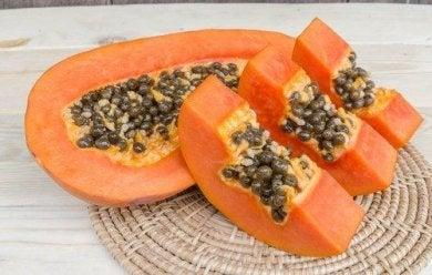 Papaya hilft die Leber zu entgiften