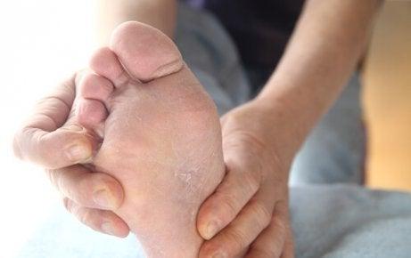 Verwendungen von Speisestärke: gegen Fußpilz