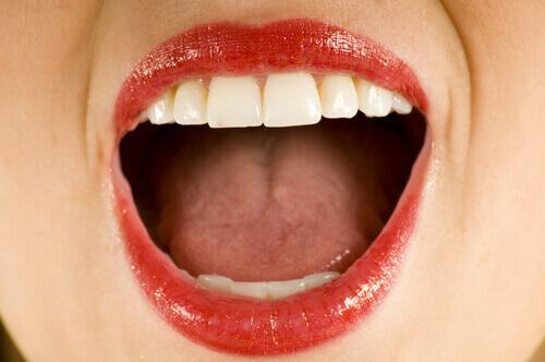 Wasserstoffperoxid gegen Geschwüre im Mund