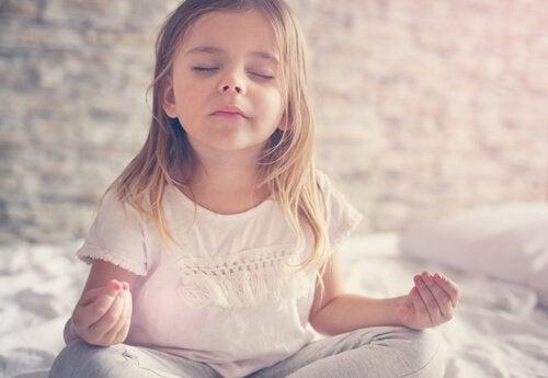 Yoga für Kinder gegen Stress