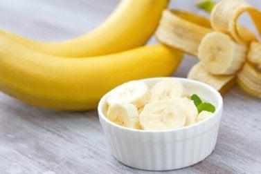 Gesunde Bananen - Die Lebensmittel verbrennen Bauchfett.
