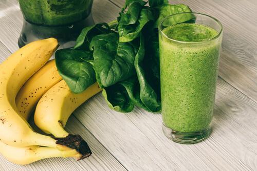 gesunde Rezepte mit Spinat: Smoothie