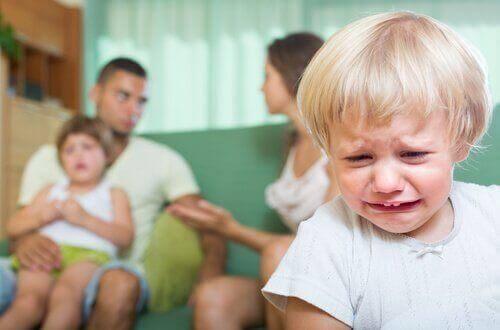 Bitte kein Ehekrach vor deinen Kindern!