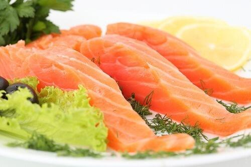 Fisch in der Vorsorge gegen Grippe
