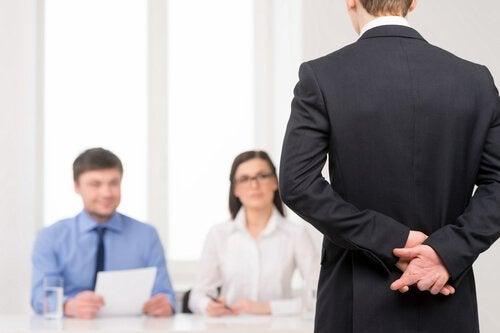 Chef erreicht, dass sich Angestellte ständig schuldig fühlen