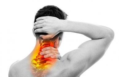Übungen zur Stärkung der Halswirbelsäule