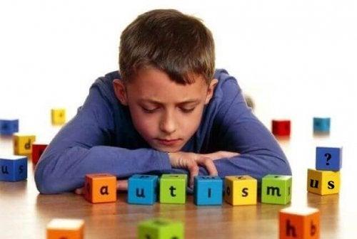 Die 5 häufigsten Anzeichen von Autismus