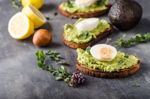 gesunde Rezeptideen mit Avocado und Zitrone