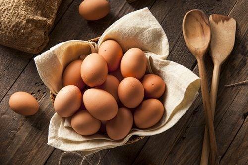 Eier enthalten gesunde Fette.