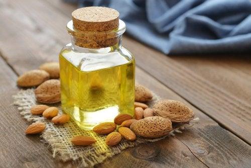 Mandelöl für gepflegte Fersen