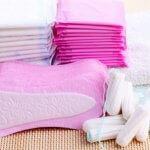 Symptome von Menorrhagie: Tampons und Binden beachten.