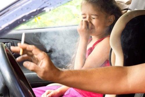Passivrauchen ist eine der Ursachen von Lungenkrebs
