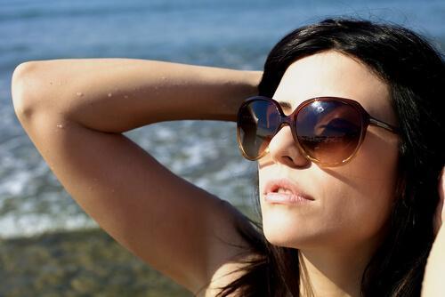 Sonnenbrille im Winter