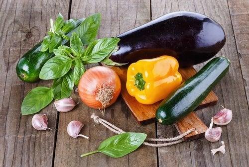 Konjunktivitis auf natürliche Weise bekämpfen mit alkalischer Ernährung