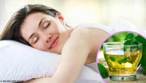 8 Tipps, wie du entspannen und besser schlafen kannst