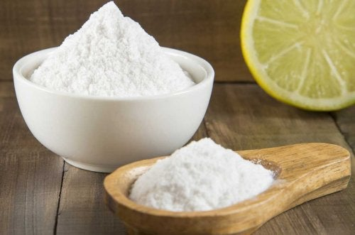 Zitrone und Natron zur Gewichtsabnahme