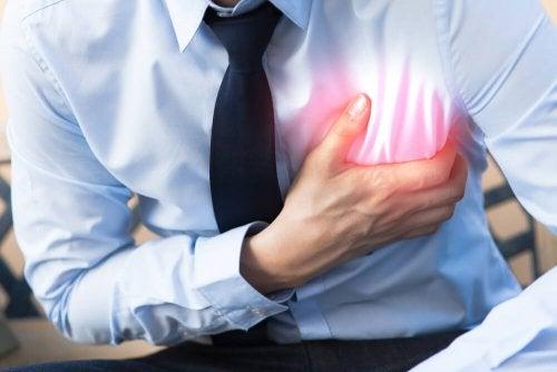 Erste-Hilfe-Tipps für einen Herznotfall: Plötzliches Herzversagen