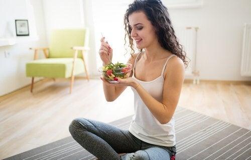 Mit gesunder Ernährung den Bauchumfang reduzieren